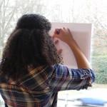 4. Op raam of lichtbak de gestileerde tekening overnemen voor het sjabloon