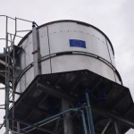 De watertank met EU-logo
