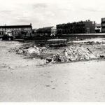 1960: Rond het brugklasgebouw ontstaat de rest van de Kerkwerve
