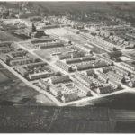 1960: De wijk rond de Regina Nostra ULO nadert haar voltooiing