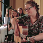 Evelien Hoevenberg zingt Shaffy