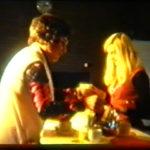 Docent duits Margareth Snoek haalt een kopje koffie bij mevr.Troost