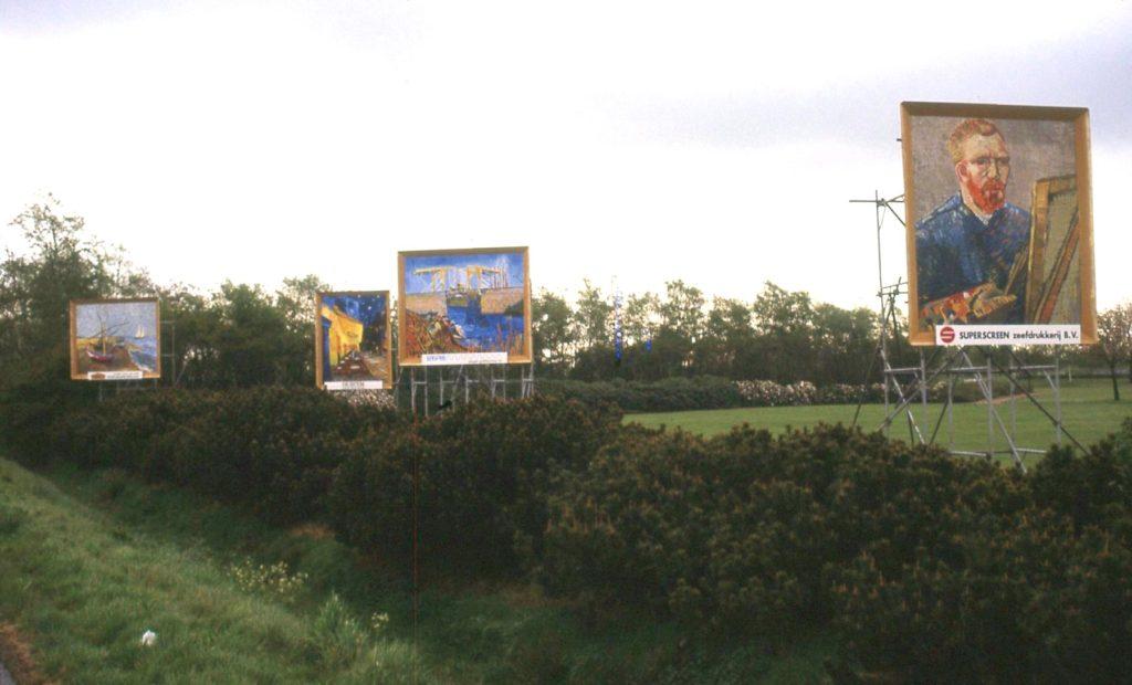 Alle billboards aan deze kant op een rijtje