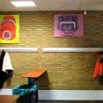 Brugklasatelierwerk in de garderobe