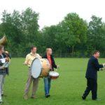 Ochtendgymnastiek op het sportveld 2003
