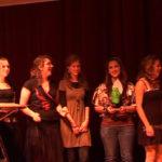 De winnende KSE-ers bij de prijsuitreiking door Frank van Dixhoorn
