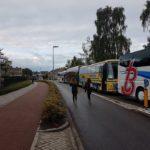 Hele rijen bussen opgesteld rond de KSE
