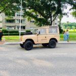 met de Jeep...