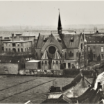 Het Antoniusgesticht met uitbreidingen in de jaren 50