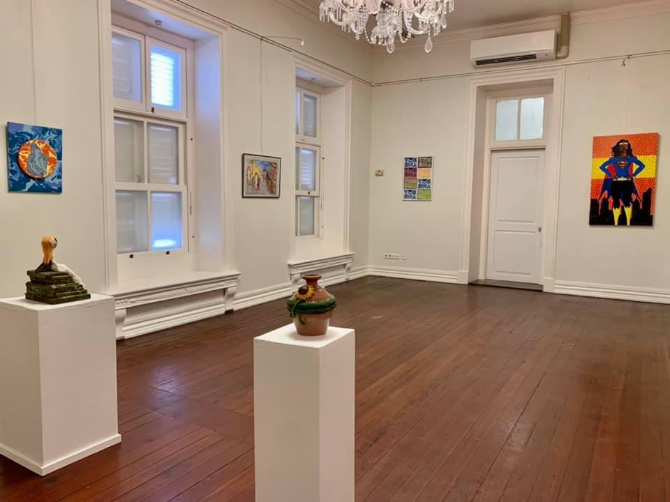 Overzicht van een deel van de expositie